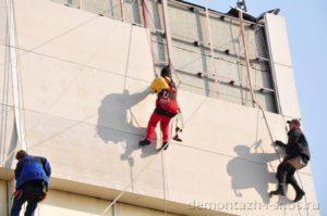 Демонтаж вентилируемых фасадов